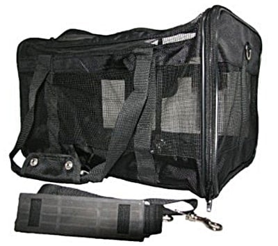 Review of the Best Pet Supplies Duffel Pet Carrier