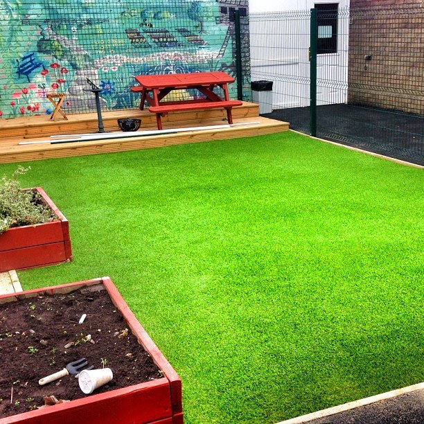 Large Synthetic Grass Pad Soft Surfaces Ltd on Flickr https://www.flickr.com/photos/softsurfaces/9737440660/